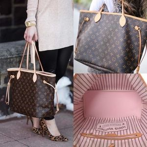 ❤️❇️PRICE DROP❇️❤️ AUTHENTIC TOTE dustbag included